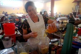 Juanita y sus jugos.